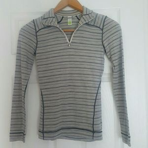 Smartwool womens striped gray 1/4 zip pullover XS